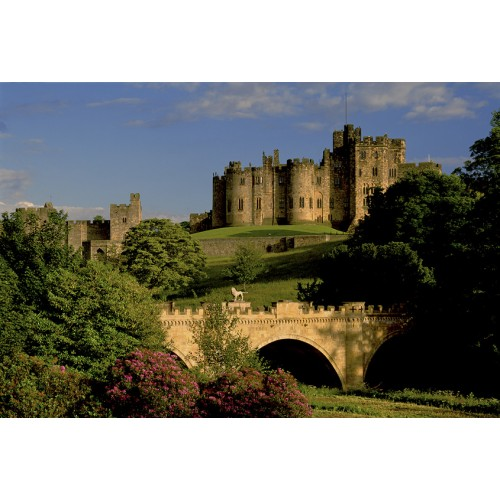 Alnwick Castle & Lion Bridge